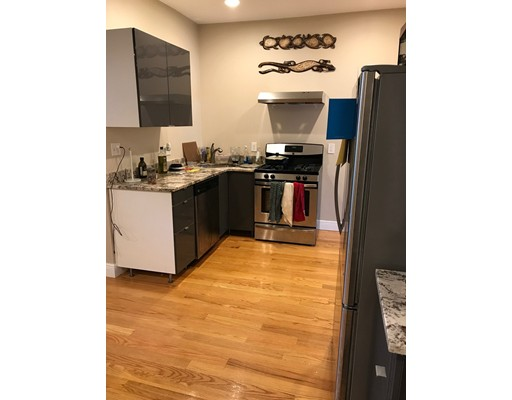 Additional photo for property listing at 96 Chelsea Street  Boston, Massachusetts 02128 Estados Unidos