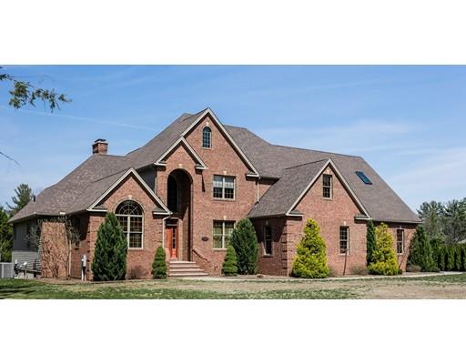 独户住宅 为 销售 在 37 Lauren Lane Southwick, 01077 美国