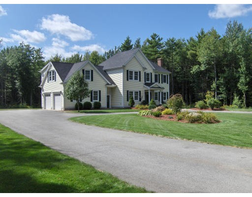 独户住宅 为 销售 在 11 Hosley Road 艾什本罕, 马萨诸塞州 01430 美国
