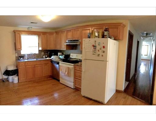 独户住宅 为 出租 在 50 Gilbert Street 沃特敦, 马萨诸塞州 02472 美国