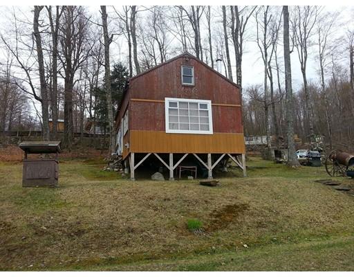 Single Family Home for Sale at 36 Navaho Lane Heath, Massachusetts 01346 United States