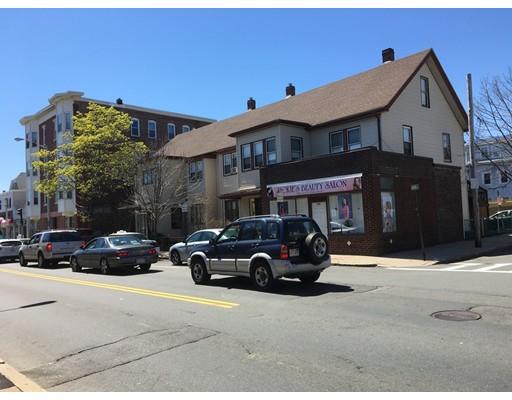 Многосемейный дом для того Продажа на 66 Ferry Street 66 Ferry Street Everett, Массачусетс 02149 Соединенные Штаты