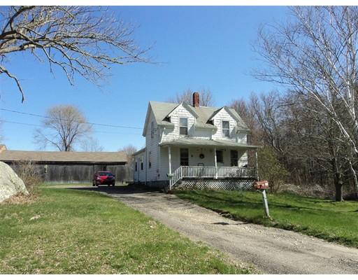واحد منزل الأسرة للـ Sale في 52 MORSES LANE 52 MORSES LANE Acushnet, Massachusetts 02743 United States