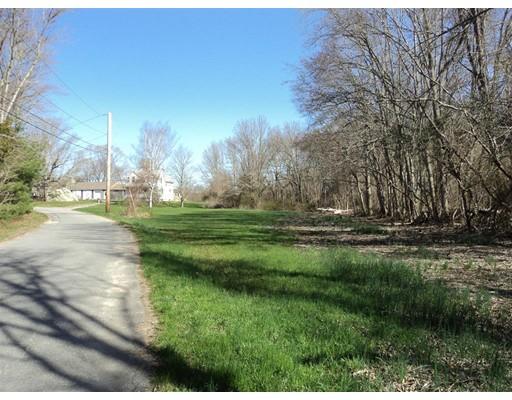Terrain pour l Vente à 52 MORSES LANE Acushnet, Massachusetts 02743 États-Unis