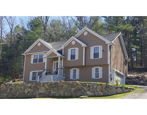 Single Family Home for Sale at 371 Pasay Road Thompson, Connecticut 06277 United States