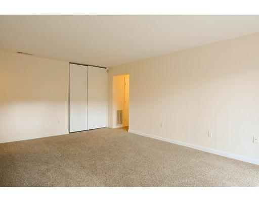 Single Family Home for Rent at 16 Shrewsbury Green Drive Shrewsbury, 01545 United States