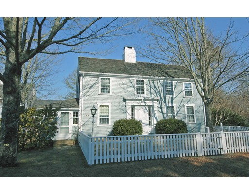 1193 Russells Mills Rd, Dartmouth, MA 02748