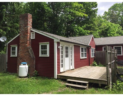 独户住宅 为 出租 在 333 Dedham Street Dover, 马萨诸塞州 02030 美国