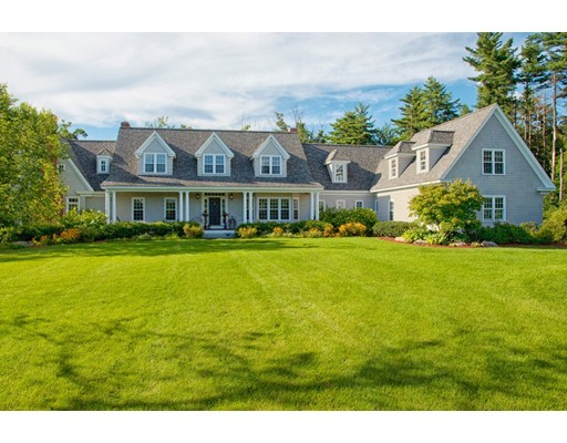 Single Family Home for Sale at 68 Thorndike Street Dunstable, Massachusetts 01827 United States