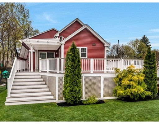 Single Family Home for Sale at 12 Winthrop Place Medford, Massachusetts 02155 United States