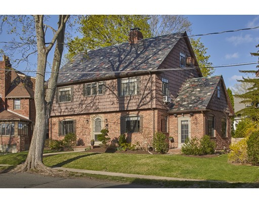 Single Family Home for Sale at 15 Indian Hill Road Belmont, Massachusetts 02478 United States