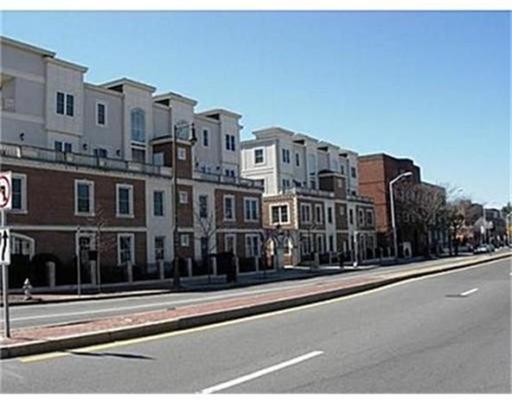 Additional photo for property listing at 2440 Massachusetts Avenue  Cambridge, Massachusetts 02140 United States