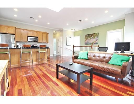 独户住宅 为 出租 在 10 Bristol Street 坎布里奇, 马萨诸塞州 02141 美国