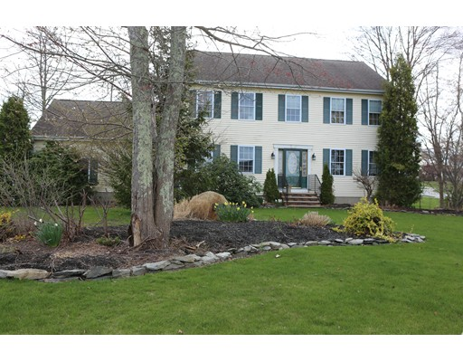 Single Family Home for Sale at 185 Windward Drive Somerset, Massachusetts 02726 United States
