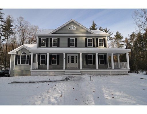 Single Family Home for Sale at 24 Maple Street 24 Maple Street Dunstable, Massachusetts 01827 United States
