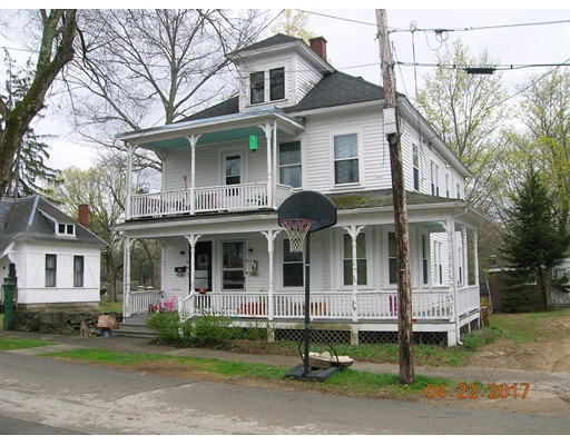 Casa Unifamiliar por un Alquiler en 14 Oak Ridge Southbridge, Massachusetts 01550 Estados Unidos