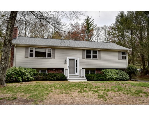 Single Family Home for Sale at 530 Belknap Road Framingham, Massachusetts 01701 United States