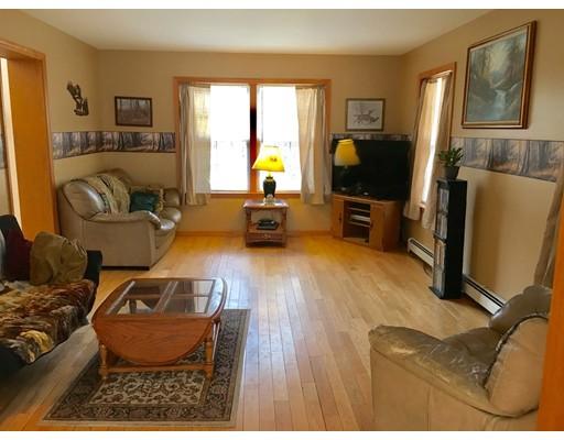 Частный односемейный дом для того Продажа на 12 Sampson Road 12 Sampson Road Huntington, Массачусетс 01050 Соединенные Штаты