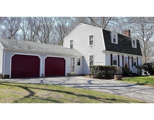 Частный односемейный дом для того Продажа на 13 Cote Street Attleboro, Массачусетс 02703 Соединенные Штаты