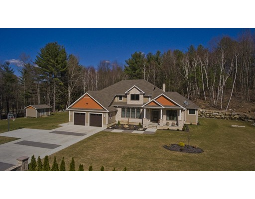 Casa Unifamiliar por un Venta en 15 Woodland Way Russell, Massachusetts 01071 Estados Unidos