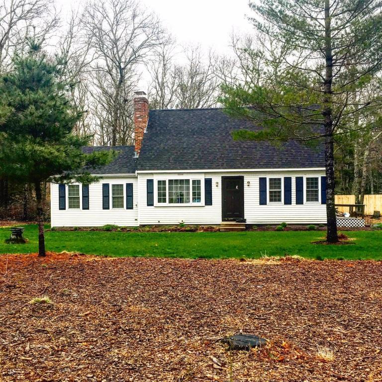 Частный односемейный дом для того Продажа на 218 Mockingbird Lane Barnstable, Массачусетс 02648 Соединенные Штаты