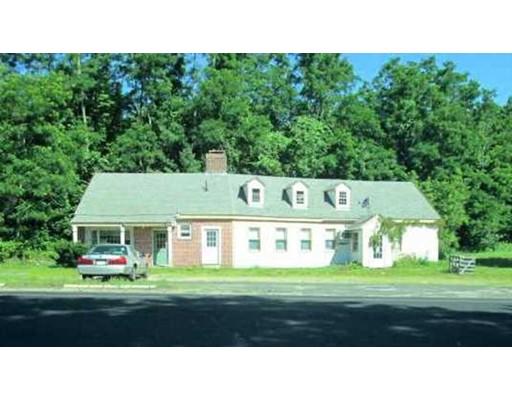 واحد منزل الأسرة للـ Sale في 408 Daniel Shays New Salem, Massachusetts 01355 United States