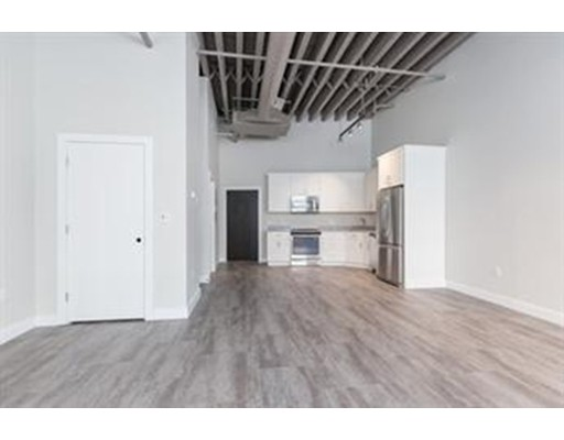 Additional photo for property listing at 630 Washington Street  Boston, Massachusetts 02111 Estados Unidos