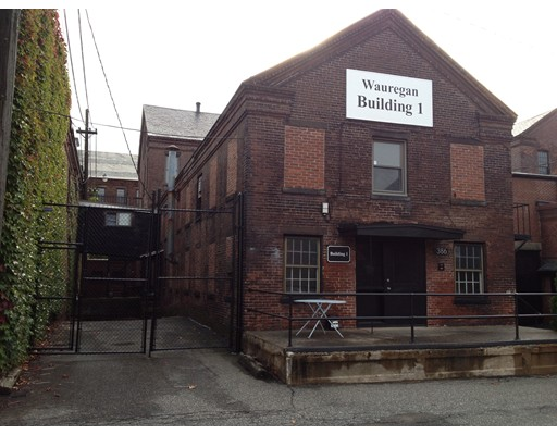 Commercial for Rent at 386 Dwight Street 386 Dwight Street Holyoke, Massachusetts 01040 United States