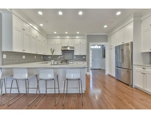 Condominio por un Venta en 186 Pleasant Watertown, Massachusetts 02472 Estados Unidos
