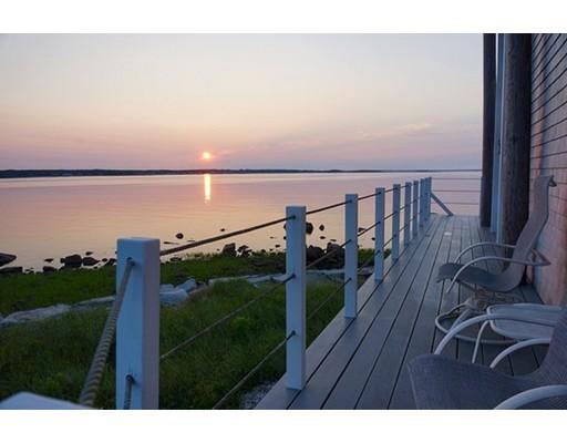 Additional photo for property listing at 6 Cecelia Avenue 6 Cecelia Avenue Mattapoisett, Massachusetts 02739 États-Unis