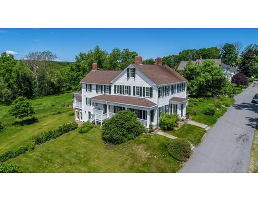Частный односемейный дом для того Продажа на 634 Main Street Lancaster, Массачусетс 01523 Соединенные Штаты