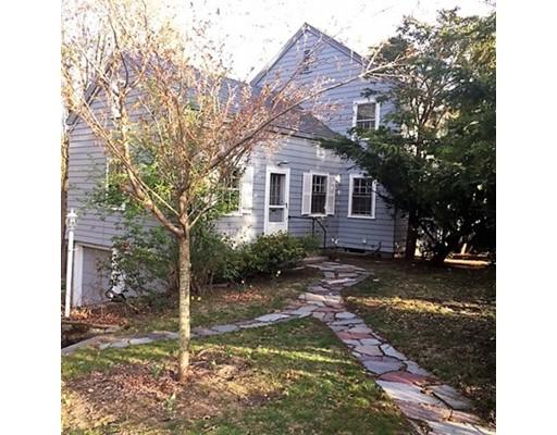 独户住宅 为 销售 在 71 Avon Street 布鲁克莱恩, 马萨诸塞州 02445 美国