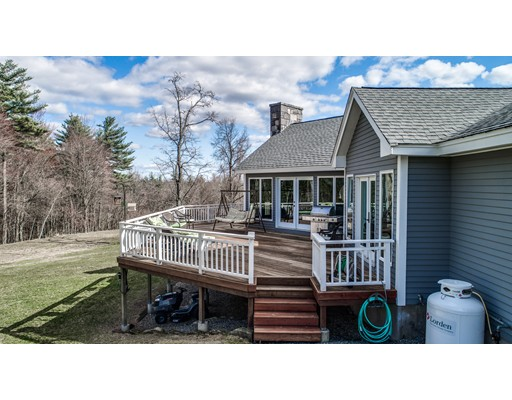153 Wallace Hill Rd, Townsend, MA, 01469