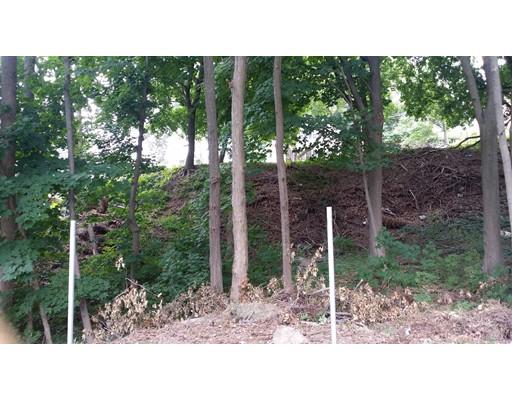 Terrain pour l Vente à Address Not Available Worcester, Massachusetts 01603 États-Unis