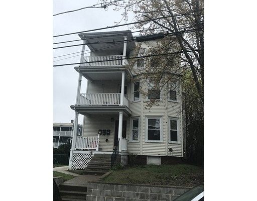 独户住宅 为 出租 在 71 Raymond Avenue Somerville, 马萨诸塞州 02144 美国