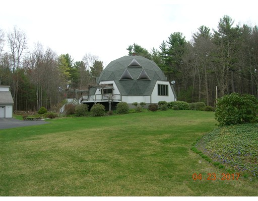 Single Family Home for Sale at 129 Torrey Road Southbridge, Massachusetts 01550 United States