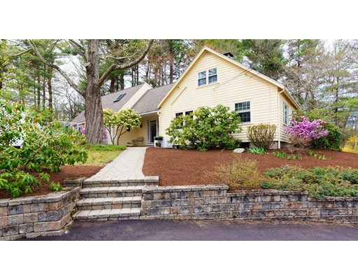 Single Family Home for Sale at 340 Central Street Avon, Massachusetts 02322 United States