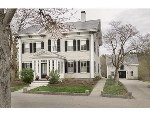 واحد منزل الأسرة للـ Sale في 694 Main Street 694 Main Street Hingham, Massachusetts 02043 United States