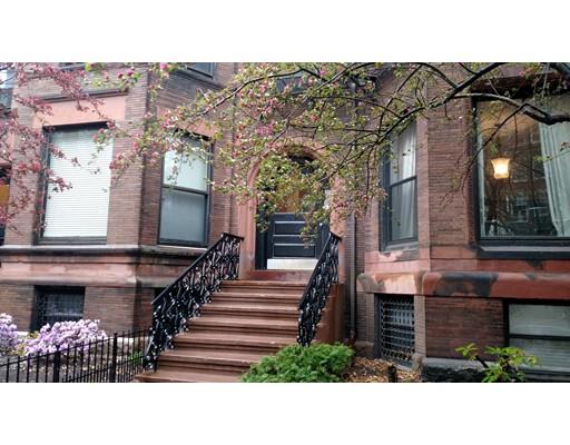Casa Unifamiliar por un Alquiler en 35 Bay State Road Boston, Massachusetts 02215 Estados Unidos