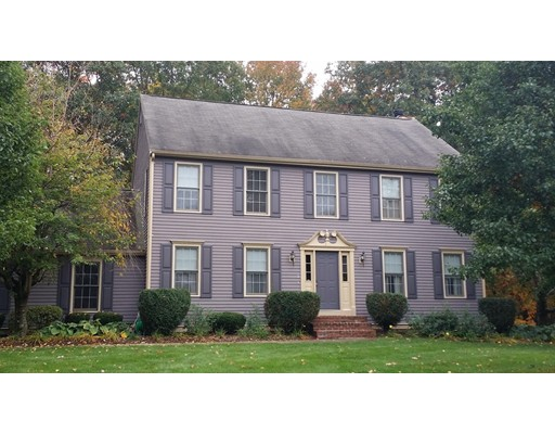 Casa Unifamiliar por un Venta en 15 Ford Run Stoughton, Massachusetts 02072 Estados Unidos