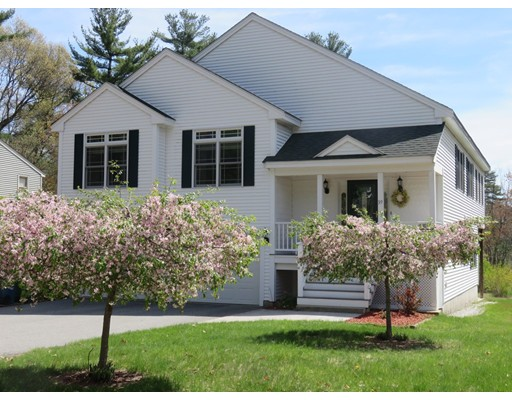 Single Family Home for Sale at 39 RIVERDALE ROAD Billerica, Massachusetts 01821 United States