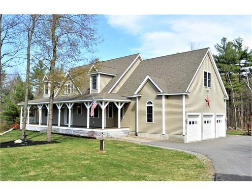 Частный односемейный дом для того Продажа на 230 Holman Street Lunenburg, Массачусетс 01462 Соединенные Штаты