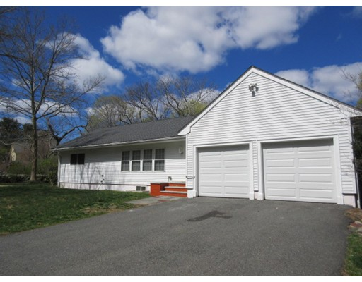 142 Bedford Rd, Lincoln, MA 01773