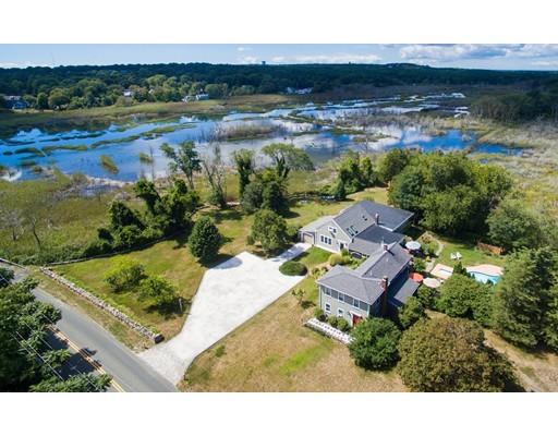Casa Unifamiliar por un Venta en 71 Bridge Street Dennis, Massachusetts 02641 Estados Unidos
