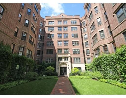 Additional photo for property listing at 988 Memorial Drive  坎布里奇, 马萨诸塞州 02138 美国