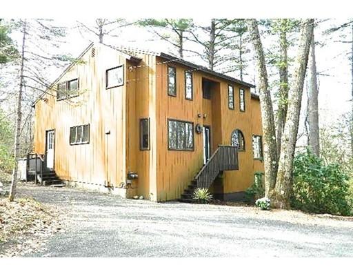 Casa Unifamiliar por un Venta en 508 Pratt Corner Road 508 Pratt Corner Road Shutesbury, Massachusetts 01072 Estados Unidos