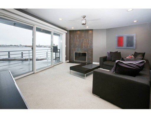 Additional photo for property listing at 19 Pier 7  Boston, Massachusetts 02129 United States