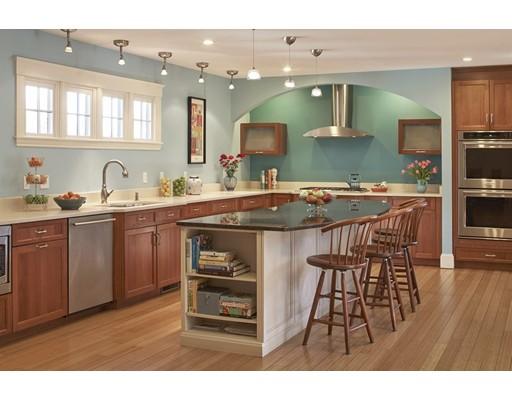 Частный односемейный дом для того Продажа на 470 Pleasant Street Belmont, Массачусетс 02478 Соединенные Штаты