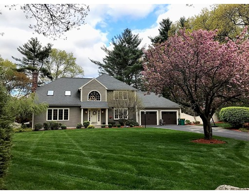 Single Family Home for Sale at 10 Helena Circle Mansfield, Massachusetts 02048 United States