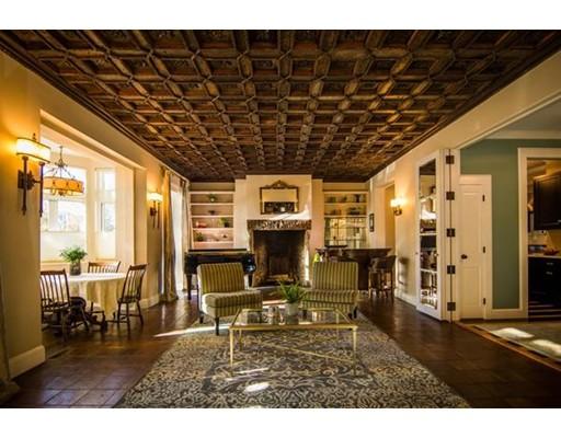 Additional photo for property listing at 107 Chestnut Street  Boston, Massachusetts 02108 Estados Unidos